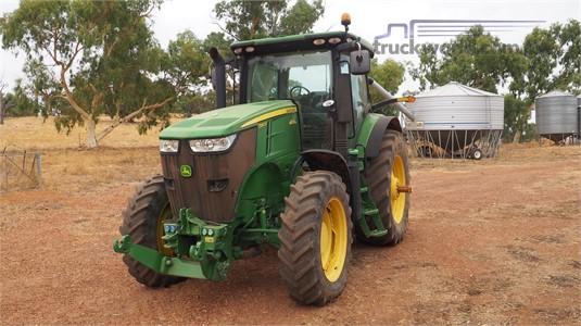 2011 John Deere 7260R Farm Machinery for Sale