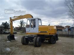 LIEBHERR A900  Usato