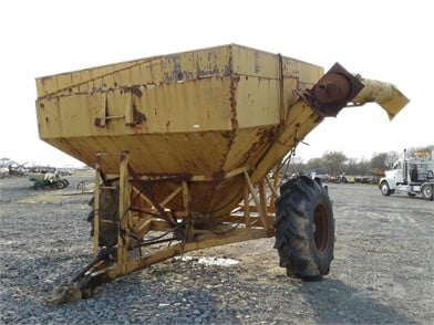 RAIN GRAIN CART Other Auction Results - 1 Listings