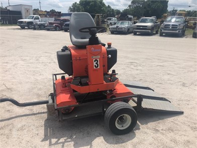 SMITHCO Turf Equipment Auction Results - 8 Listings | AuctionTime