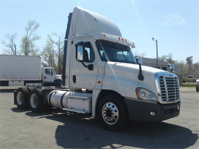 2013 FREIGHTLINER CASCADIA 125 For Sale In Wilmington, North Carolina