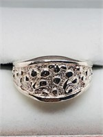 Silver  Ring (~weight 5.6g) (156 - CR95)   (D2)