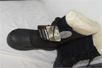 Baffin Women's Boots Size 11