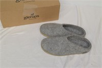 Felt Slippers Size 38