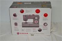 Singer HD Sewing Machine - #4423