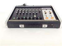 Yamaha PM400 8 Channel Analog Mixing Console