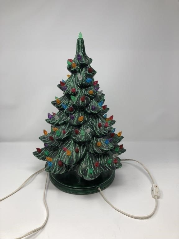 Vintage Ceramic Christmas Tree Music Box Unable Coughlin Estate