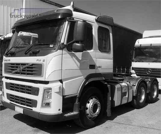 2006 Volvo other Trucks for Sale