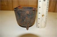 Cast Iron Melding Pot