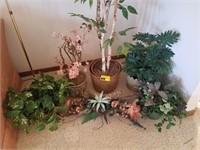 Lot of silk plants