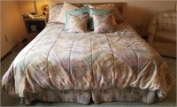 Queen size bed, mattress, box spring, bedding
