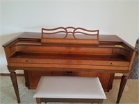Baldwin Acrosonic piano with bench