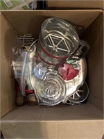 Box lot of light bulbs, arrowhead faucet,