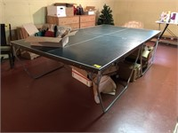 Foremost ping pong table and Accessories