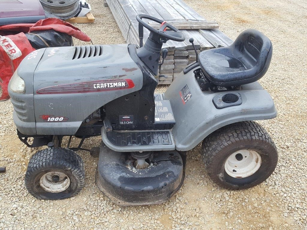 Craftsman LT1000 Lawn Mower | Wisconsin Tractor