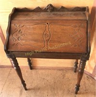 October Antiques, Collectibles, and Household Auction