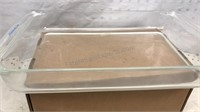 """2 Pyrex Casserole Dishes 1 8 1/2"""" Square 1 15x9"""