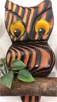 """Lot of 5 Wood and Plastic Wall Art 6"""" Tall"""