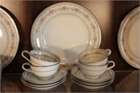 Noritake China Dish Set