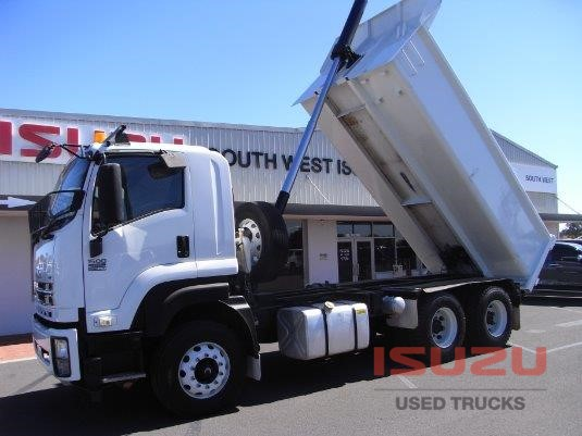2014 Isuzu FXZ 1500 Medium Used Isuzu Trucks - Trucks for Sale