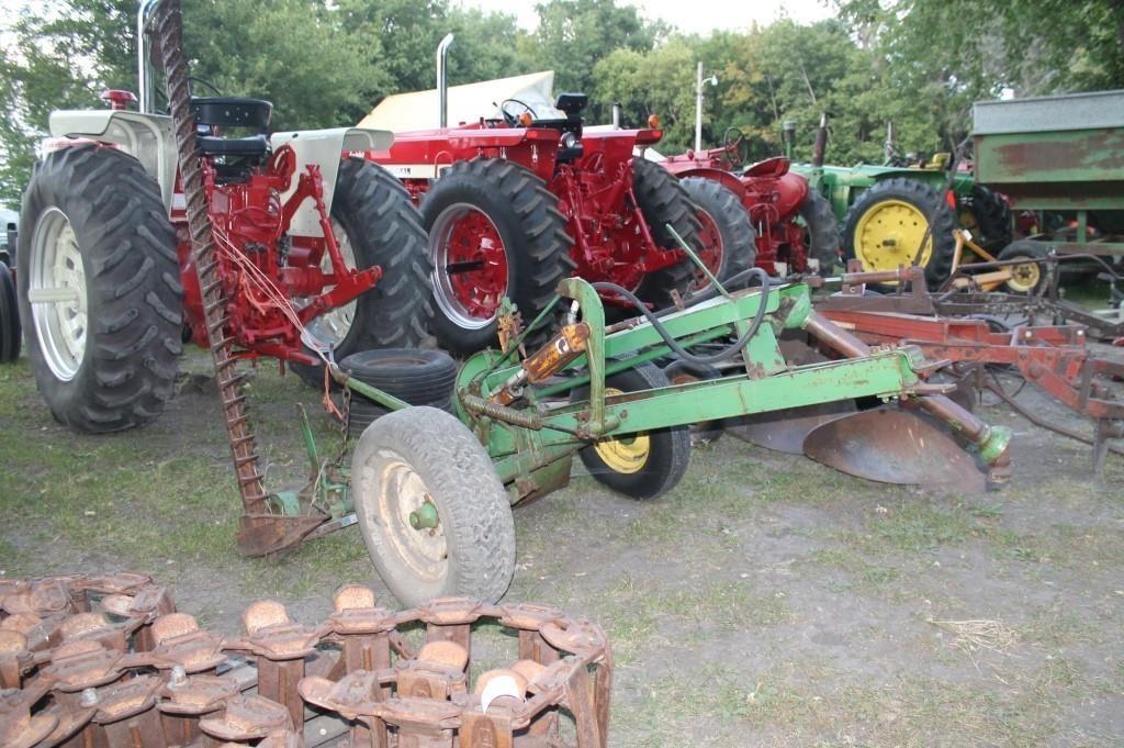 John Deere 37 Sickle Mower | Hallberg Auction LLC