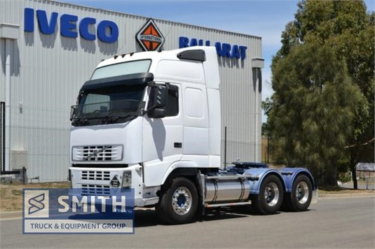 2004 Volvo FM12 Smith Truck & Equipment Group - Trucks for Sale