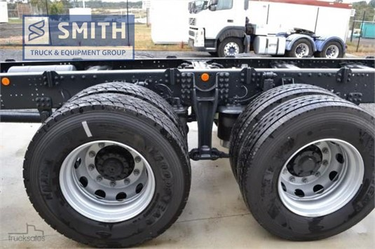 2018 Iveco Stralis ATi360 Smith Truck & Equipment Group - Trucks for Sale
