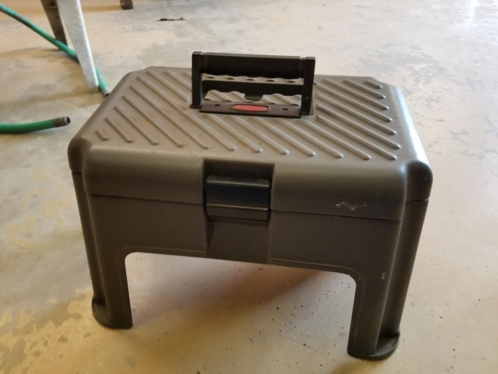 Super B Rubbermaid Step Stool Tool Box Eddy Lange And Associates Inzonedesignstudio Interior Chair Design Inzonedesignstudiocom