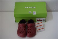 CROCS SIZE 10/11 BRICK RED