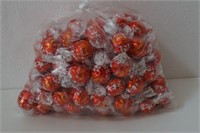 100 COUNT LINDT LINDOR CHOCOLATES EXP 07/19