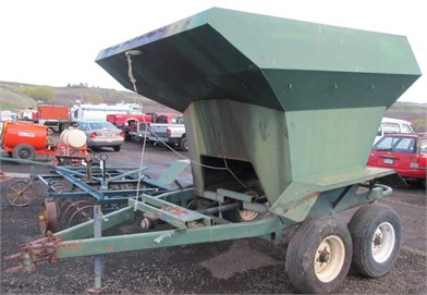 LELY PULL TYPE BELT DRIVE SPIN SPREADER Other Auction
