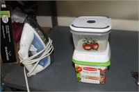 Food Containers & Iron