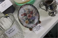Bradford Exchange Plate with Stand
