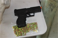 Air Soft Pistol with BBs