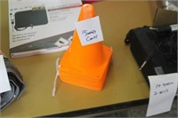 """Lot of 12 7"""" Safety Cones"""