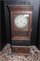 INTERNATIONAL TIME RECORDING CLOCK