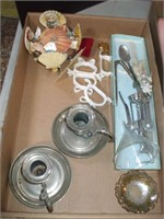 3 BOXES OF DECORATIVE ITEMS, PRINTS, BOOKENDS