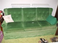 GREEN COUCH, 80''