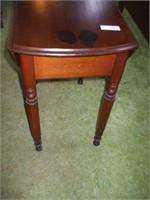 PINE SMALL DROP LEAF TABLE W/ DRAWER,