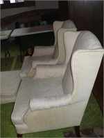 PAIR OF WHITE WINGBACK CHAIR W/ MATCHING