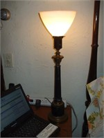 2 BLACK TABLE LAMPS AND A SMALL WOOD LAMP