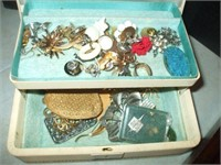 6 BOXES OF COSTUME JEWELRY