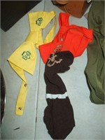 GROUPING OF BOY / GIRL SCOUT AND BROWNIE ITEMS,