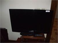 SAMSUNG FLAT SCREEN TELEVISION 32''