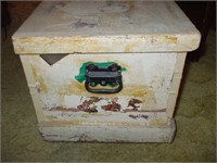 WHITE WOODEN TRUNK, FULL OF LADIES' HATS,