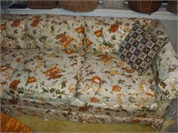 FLOWER PATTERN COUCH,