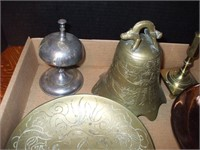 GROUPING OF BRASS ITEMS, SERVING ITEMS,