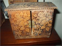 DOLLS TRUNK W/ CONTENTS, WARBROBE AND