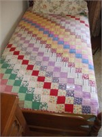 PATCHWORK QUILT (single bed size)