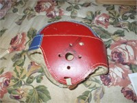 YOUTH FOOTBALL HELMET